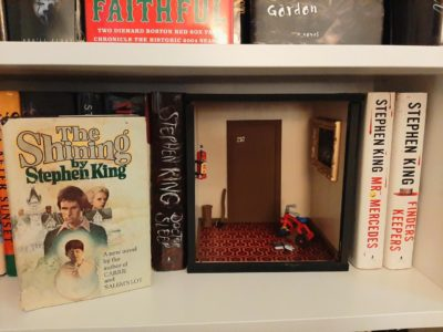 "Crosspost from r/stephenking ""Made a Shining diorama for my shelf"""